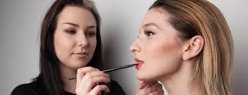 sidonie loomer is a flourishing makeup artist based in toronto canada