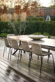 Outdoor dining pavilion in london backyard gardenista garden gardenideas gardeninspiration backyard