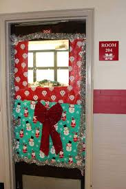 office door decorations for christmas. Christmas Decorations For Doors Bow And Gift Paper Classroom Door Decoration Decorating Ideas Office