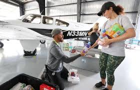 Devastation in Bahamas prompts outpouring of volunteers in Central ...