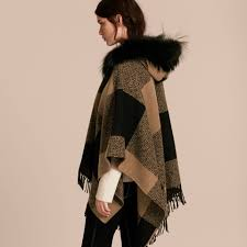 england style steps: keep your style in check with kates burberry poncho
