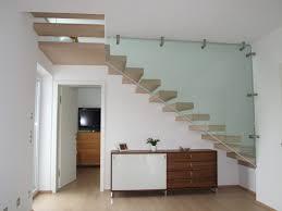 Treppen bieten wir in nahezu jeder bauart als stahlholztreppen oder ganzholztreppen. Freitragende Treppe Wendl Metall Design Technik Gmbh