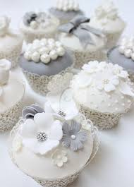 Flowers And Pearls Wedding Cupcakes Cupcakes Gallery