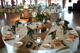 simple wedding centerpieces for round tables round table wedding centerpieces