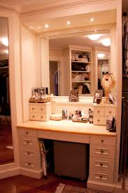 Best 25+ Makeup vanity set ideas on Pinterest | Mirrored vanity ...
