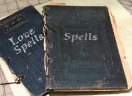 i ve made some spell books i think they turned out super caute