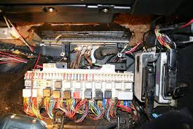 fuse box clean sl fuses looks bad how to clean mercedes benz forum How A Fuse Box Works ground cleaning v euro pelican parts technical bbs one hour working slowly to remove and clean details how a fuse box works