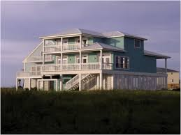 Best 25 Narrow Lot House Plans Ideas On Pinterest Beach Elevated Home Plans