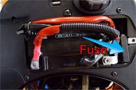 solved where is the fuse box on a vespa et4 fixya vespa et4 fuse box location iam0fcry1l3sisex4yyziy1i 2 2