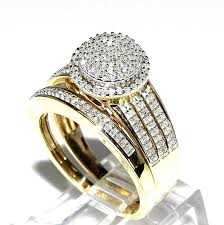 Amazon Com Rings Midwestjewellery His Her 10k Yellow Gold Halo