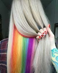 Weitere ideen zu bunte haare, haarfarben, regenbogenfarben. Versteckte Regenbogen Haare Darum Liegt Hidden Rainbow Im Trend