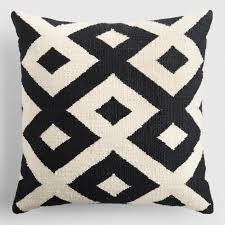 Outdoor Throw Pillows & Outdoor Lumbar Pillows