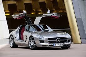 Mercedes Benz unveil 2010 SLS AMG gullwing - SlashGear
