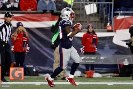 New England Patriots running back Dion Lewis fields a kick off on the...  News Photo - Getty Images