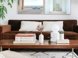 All for the low cost of $15! 15 Pretty Ways To Decorate And Style A Coffee Table