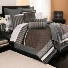 extra large king size quilts bedspreads for beds with footboards superhuman bed comforter sets