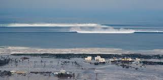 Nell'inverno 2018 in controtendenza con le convenzioni, il gruppo artistico che cura la scena musicale del collettivo. Can You Surf A Tsunami The History Of A Pop Cultural Obsession Wavelength Surf Magazine Since 1981