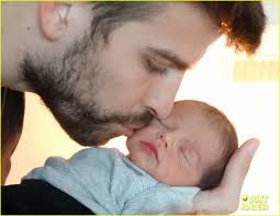 About this photo set: Check out the first photo of Shakira and Gerard Pique's newborn baby boy Milan! The 36-year-old singer posted the photo of her partner ... - shakira-gerard-pique-share-baby-milan-first-pic