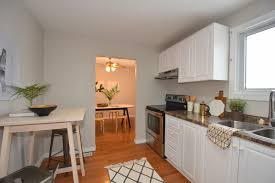 Kitchen Staging Why Stage In Sellers Market Plus Before After Story Of One