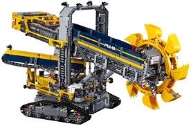 building lego s gigantic motorised excavator is easily my greatest building lego s gigantic motorised excavator is easily my greatest accomplishment