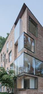 Alte Mauern in neuem Glanz: Rock Creek House von NADAAA. The  BrickArchitecture DesignFacade DesignContemporary ...