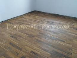 harga lantai kayu dari bahan kayu jati Rp 145000