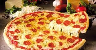 Resultado de imagen para pizza con mucho queso