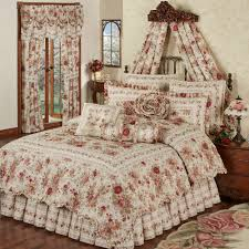 Quilts, Quilt Sets, and Coverlet Bedding | Touch of Class & Heirloom Rose Quilt Set Fawn Adamdwight.com