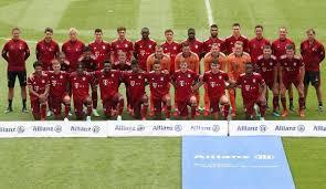 Nachrichten, spielberichte, bilder, transfers & interviews im überblick. Fc Bayern Munchen Teamprasentation In Der Allianz Arena Im Liveticker Zum Nachlesen