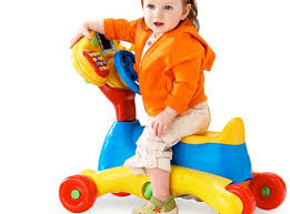 In this article, we give some ideas selected toys suitable for children 1 year old and the benefits that these types of can children. Baby girl Help learn to play with - Smart Advice For