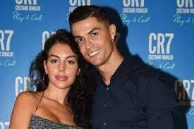 كريستيانو رونالدو يوضح إمكانية زواجه من جورجينا