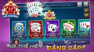 Chơi game bài poker đổi thưởng