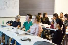 Best Writing Workshops In Chicago    CBS Chicago The Second City
