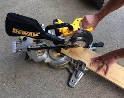 dewalt chop saw. dewalt 20v max miter saw chop