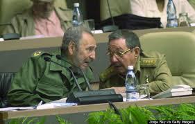 「2008年 - フィデル・カストロがキューバ国家評議会議長を辞任し、弟のラウル・カストロが後任に就任」の画像検索結果