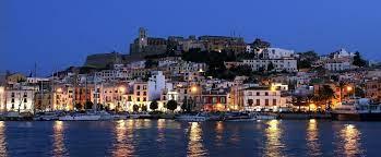 La sparatoria a Ibiza tra due italiani dopo una rissa per motivi di gelosia