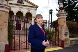 The abc understands victoria has recorded another significant jump in coronavirus cases, with 671 new infections since yesterday. Abc Court Reporter Jamelle Wells Discusses Journalism Career The Stawell Times News Stawell Vic