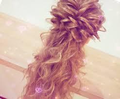 プロが選ぶ本当に可愛いハーフアップ5つ結婚式のお呼ばれに合う髪型と