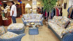 Thrift stores in Chicago for secondhand shopping