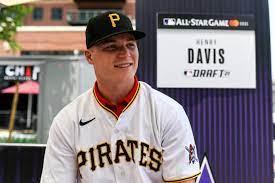 Pirates sign top draft pick Henry Davis ...