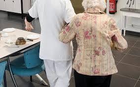 38 chèques volés à une victime d alzheimer