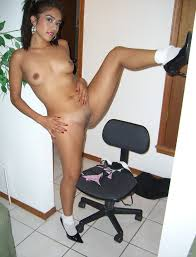 Hot And Sexy Mexican Latina Girl Naked Spreading Her Legs Showing Cunt