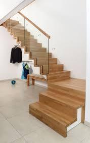 Treppen unterscheiden sich durch ihren einsatzort, als auch ihre unterschiedlichen formen. Wiehl Treppen Aufgesattelte Treppen
