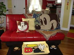 Mickey Mouse Bedroom Sneak Peek At The Hidden Mickey Mouse House In Central Florida