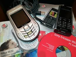 Nokia 6630 + Sony Ericsson V600 Santo ...