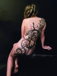 самые впечатляющие татуировки со всего мира в книге Ttt Tattoo 18