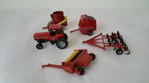 case international 7130 tractor 1 64 ertl and equipment nnyftg8307 contemporary manufacture