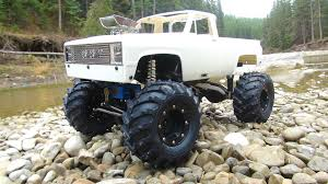 chevy trucks jacked up camo. rc adventures the beast goes chevy style radio control 4x4 scale trail truck youtube trucks jacked up camo