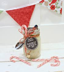 the happy housie diy peppermint sea salt scrub wrapped with spoon