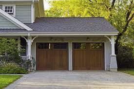 6 types of garage door materials to